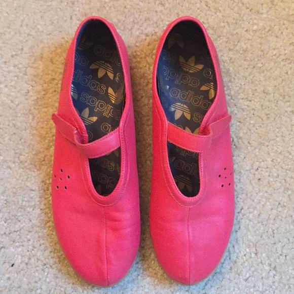 Adidas Maryjane gymnastic shoe